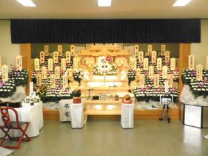 開栄寺 大ホール祭壇例