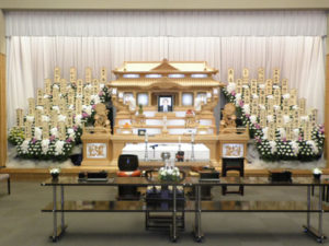 しののめの里 祭壇例